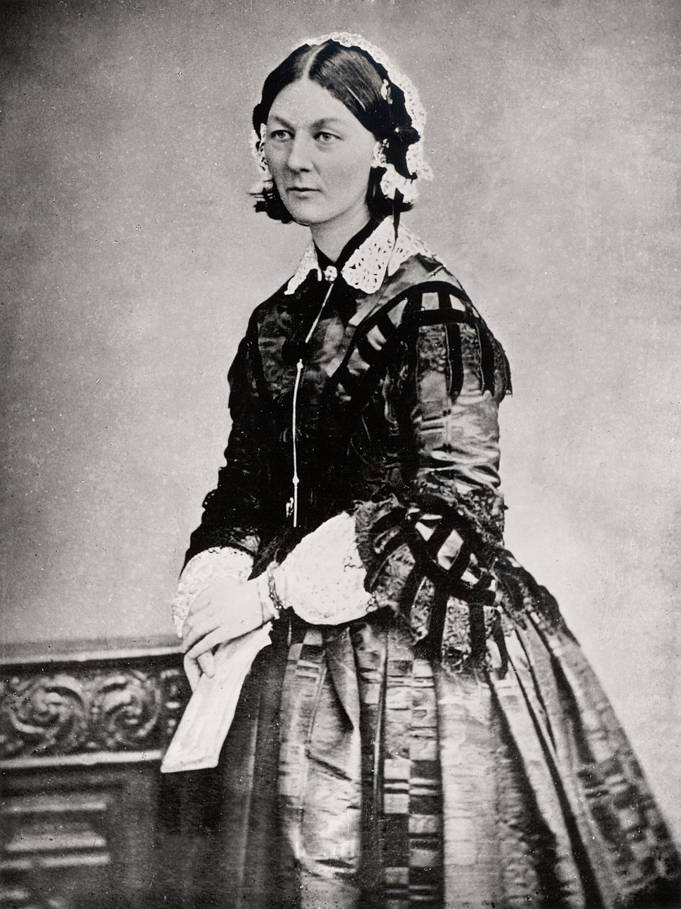Florence Nightingale three quarter length