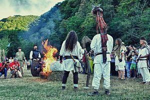 Zalmoxianism - Image: Foc sacru Costesti
