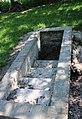 Fontaine de Saint Algis 15.jpg