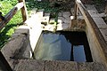Fontaine de Sainte-Mesme en 2012 07.jpg