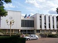 Fontenay-le-Fleury Mairie.JPG