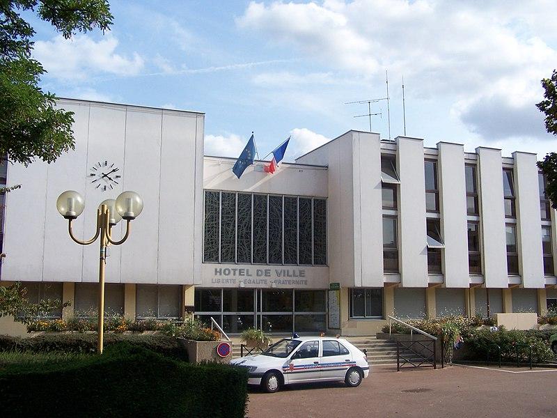 Mairie de Fontenay-le Fleury (Yvelines, France)