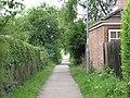 Footpath between Glebe Road and Holbrook Road - geograph.org.uk - 1410878.jpg