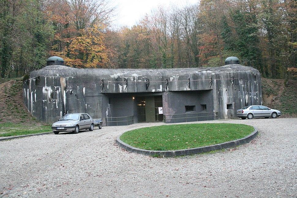 Fort de Schoenenbourg main entrance 11-2005