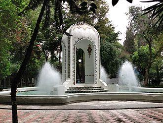 Condesa - Fountain at Plaza Popocatépetl