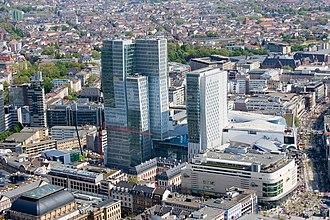 Zeil - Image: Frankfurt Am Main Zeil Palais Quartier Ansicht vom Maintower