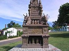 Denkmal in Fray Bentos (Quelle: Wikimedia)