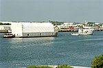 Freedom Star towing Poseidon barge with STS-95 ET (KSC-98PC-0756).jpg