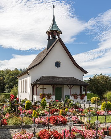 Friedhofskapelle in Dozwil.jpg