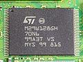 Fritz!Box Fon WLAN 7270 - STMicroelectronics M29W128GH-3333.jpg