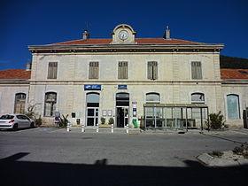 Gare de digne wikip dia for Piscine de digne les bains