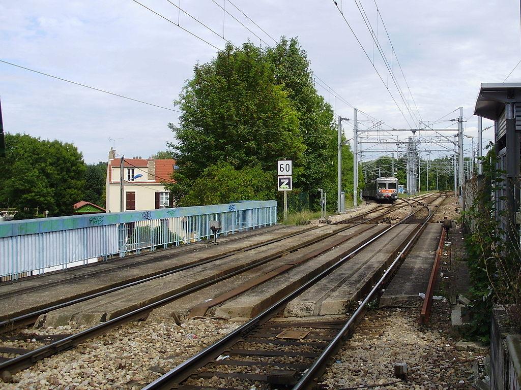 Saint-Ouen-l'Aumone France  city photos : Français : Gare de Saint Ouen l'Aumône, Val d'Oise, France ...