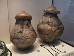 History of Pomerania - Pomeranian culture - Pomerelian faced urns