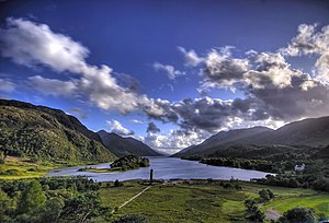 Loch Shiel - Loch Shiel and Glenfinnan monument