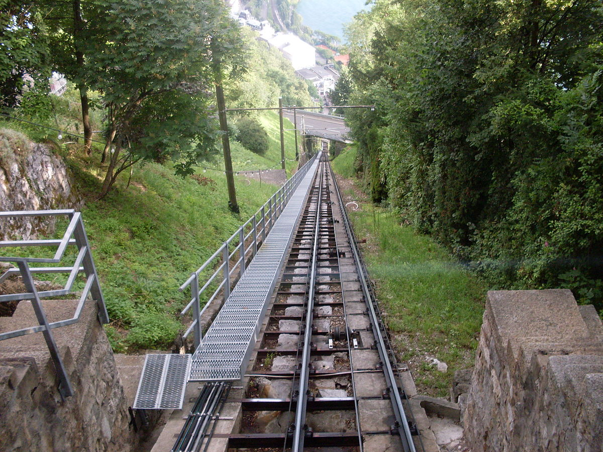 Territet glion funicular railway wikipedia for Ascenseur maison