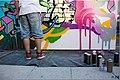 Graffeur et ses bombes.jpg