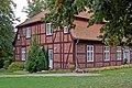 Gutshaus in Gingst (Rügen) (2) (12058261045).jpg