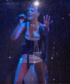 Halsey - Without Me Live MTV EMAs 2018 4.png