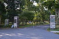 Harrisburg Cemetery gate.jpg