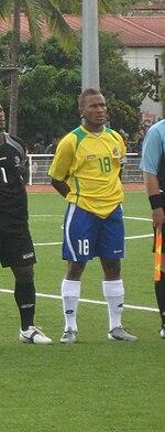 Henry Fa'arodo (2011).jpg