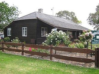 Australind, Western Australia - Image: Henton Cottage Australind