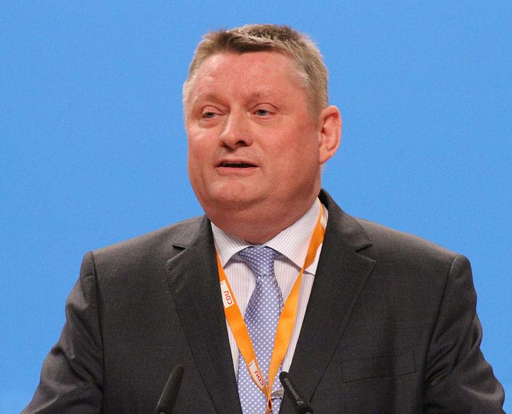 File:Hermann Gröhe CDU Parteitag 2014 by Olaf Kosinsky-1.jpg