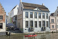 Hoefslagstraatje - Huis aan de waterkant.JPG
