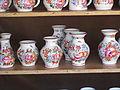 Hrnčířské trhy Beroun 2011, džbánky chodské keramiky Jany Psutkové (001).JPG