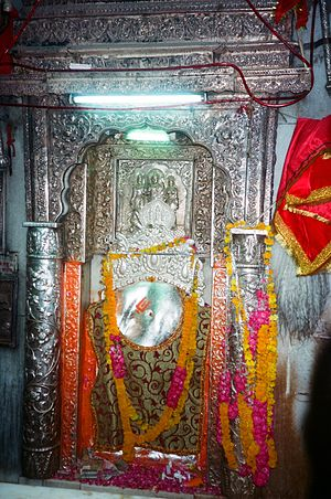 Hanuman Temple, Connaught Place - Main Idol of Bala Hanuman