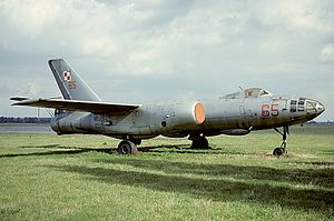 Ilyushin Il-28, Poland - Air Force AN1339617.jpg