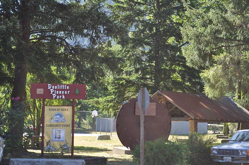 File:Index, WA - Doolittle Pioneer Park 01.jpg