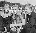 Ineke Tigelaar, Wieger Mensonides, Klenie Bimolt 1962.jpg