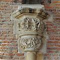 Interieur, detailopname van kapiteel, voor restauratie - Leiden - 20359813 - RCE.jpg