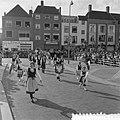 Internationaal folkloristische optocht Arnhem. Polonia uit Breda, Bestanddeelnr 907-9244.jpg