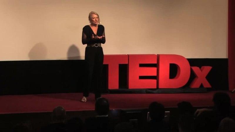 File:Isabelle Constant - Le problème du désir chez les couples installés - TEDxVaugirardRoad.webm