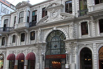İstiklal Avenue - Çiçek Pasajı (Flower Passage), also known by its French name Cité de Péra, is one of the many historic buildings that adorn the avenue.