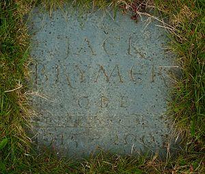 Jack Brymer - Image: Jack Brymer grave Limpsfield