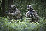 Jagdkommando trainiert (29638388336).jpg