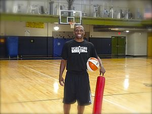 James Wade (basketball) - Wade with the San Antonio Stars