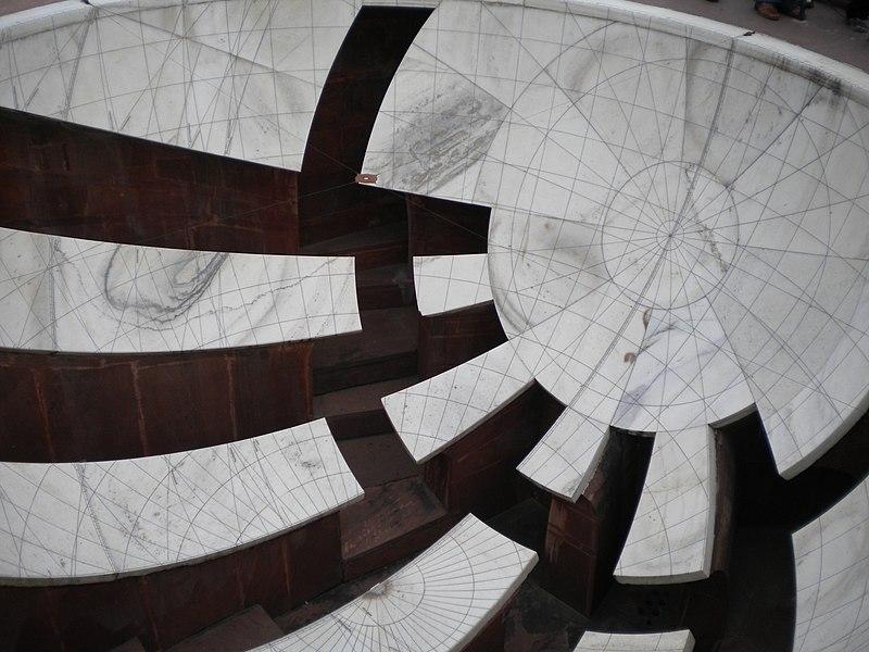 File:Jantar Mantar, Jaipur - Jai Prakash Yantra.jpg