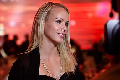 Jasmin Ouschan Gala Nacht des Sports Österreich 2015 3.jpg