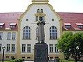 Jedyny w Polsce pomnik Piasta Kołodzieja - panoramio.jpg