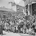 Jeruzalem. Publiek tijdens de militaire parade op 15 mei 1949 bij gelegenheid va, Bestanddeelnr 255-1003.jpg
