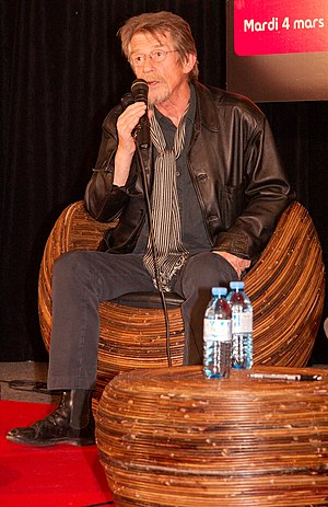 Rendezvous with John Hurt at Fnac des Ternes (...