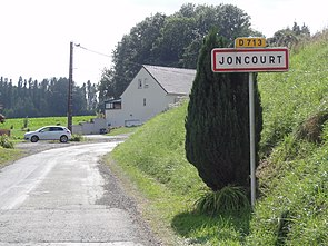 Joncourt (Aisne) city limit sign.JPG