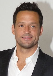 Josh hopkins wikipedia josh hopkins ccuart Image collections
