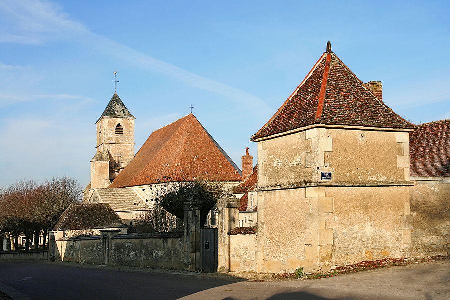 Ancien presbytère et église de Joux-la-Ville