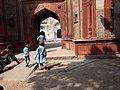 Khairul Manazil mosque in Delhi 02.jpg