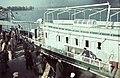 Kikötő a Száva-parton, a Besszarábiából menekített német nemzetiségűek átmeneti táborba érkezésekor. Fortepan 84004.jpg