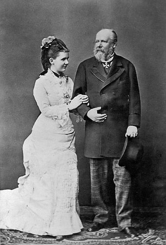 Queen Emma and King William III King William III and Queen Emma.jpg